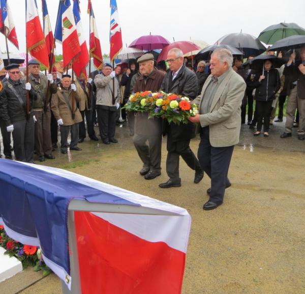037-Memorial 2003