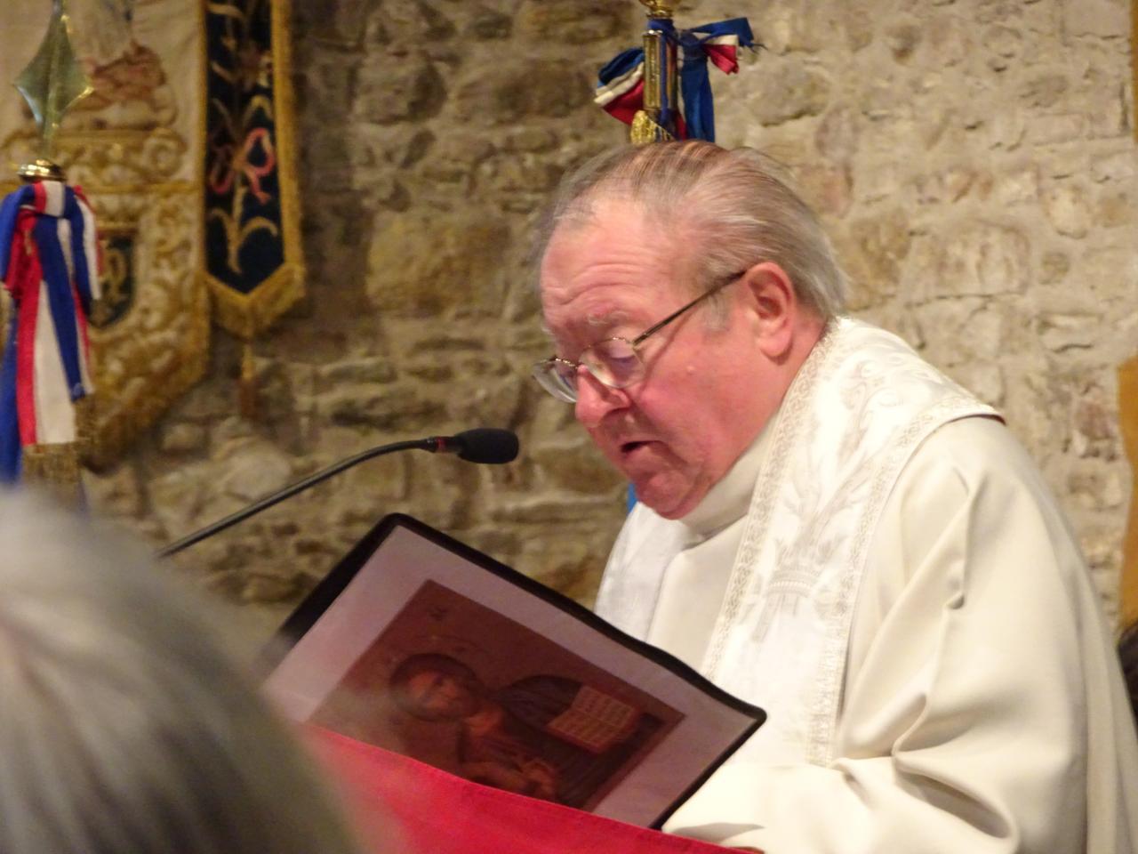 039_DSC01428 - Père Pierre GUILBAUD