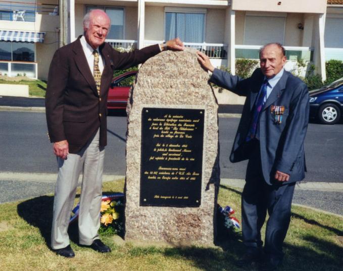 H Ben Walsh et Adolphe Jarniou 8 mai 1999